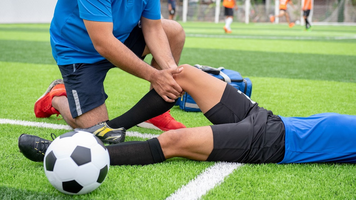 Medial Collateral Ligament Injury of the Knee - Physiopedia